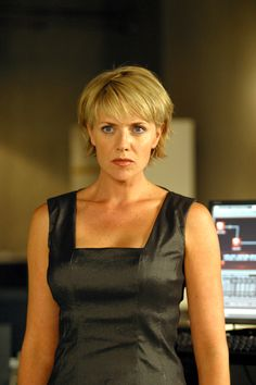 The Carter-bob. Has bangs. Not really into bangs right now. This is a decent bob for sometime though.    Photo of Amanda Tapping.