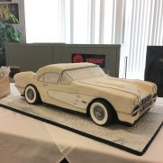 A place for people who love cake decorating. Corvette Cake, Cakes For Men, Love Cake, Cake Art, Amazing Cakes, Cake Decorating, Birthday Cakes, Planes, Trains