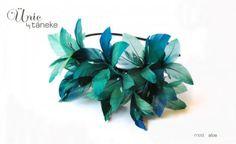 elblogdeanasuero_especial tocados_Táneke diadema plumas azules