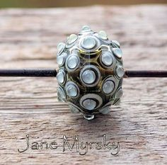 Lampwork bead by Jane Myrsky