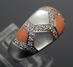 18K WHITE GOLD MOTHER OF PEARL & CORAL INLAY 0.55 CTW DIAMONDS MOSAIC DOMED RING - Size 7 #18kgold #whitegold #goldring #whitegoldring #ring #motherofpearl #diamonds #diamondring #mosaicinlay #coral #coralring