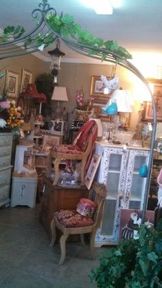 Thriftique Is A New Antique, Shabby Chic, And Vintage Furniture And Home  Decor Store In Lake Elsinore, Ca. They Have New Items Daily.
