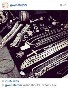 I spy some #GrazielaGems in #GwenStefani's instagram #entanglementRing #PizzaRing #Bling #Diamonds #BlackAndWhite #TheVoice #NoDoubt #Jewelry