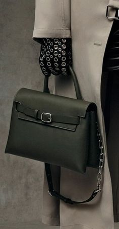 9f49ec9ed458 34 Great It's in the bag!! images | Satchel handbags, Beautiful bags ...