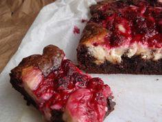 Marian pieni leipomo - Maria's little bakery: Vadelmaiset juustokakkubrowniet