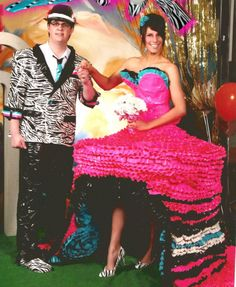 [Duct tape prom outfits - trying to win scholarships for college] 25 of the Worst Prom Photos You Will EVER See - Spikey Worst Prom Dresses, Ugly Dresses, Prom Outfits, Dress Prom, Bad Dresses, Crazy Dresses, Ugly Outfits, Amazing Dresses, Pink Dresses