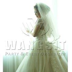 "The Bride ""STELLA""  Andre & Stella  #wedding #weddingsemarang #wangsiteo"