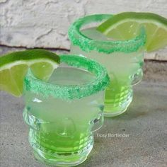 Green Apple Te-Kill-Ya Shots - For more delicious recipes and drinks, visit us here: www.tipsybartender.com