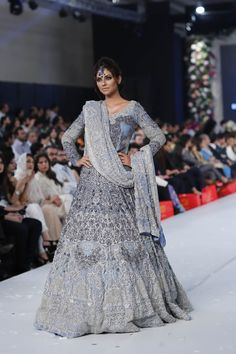 PFDC Loreal Paris Bridal Week 2015 HSY Fall/Winter Dresses Picture Gallery