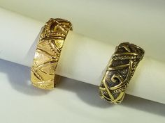 Hand-carved yellow gold rings from award winning artist Tom Dailing. Available at Studio Jewelers in Madison WI. Celtic Rings, Yellow Gold Rings, Handcrafted Jewelry, Bridal Jewelry, Jewelry Crafts, Special Events, Hand Carved, Toms, Carving