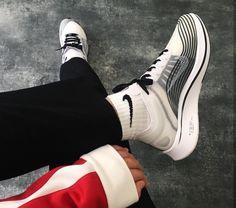 NIKE Air Huarache // stylischer Sneaker für Frauen! Foto: https