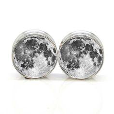 Moon Ear Plugs