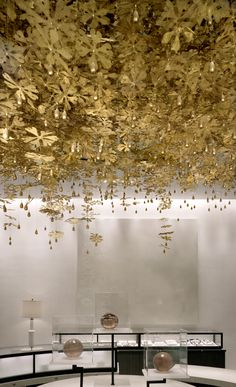 Holt Renfrew | Magnificant textured ceiling design