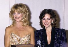 Jan. 27, 1987: With longtime friend Goldie Hawn at a benefit in Los Angeles.