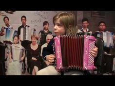 Madlyn accordéon, 8 ans : Minuetto - CNIMA Février 2017 - YouTube