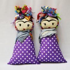 Cojines Frida en morado