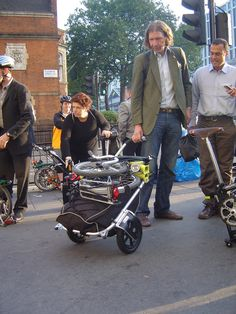 Sir Bike2Fold with his 2 brompton carry freedom trailer (Geneve Swissland)