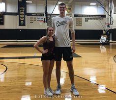 Matt Haarms Big People, Tall People, Tall Boyfriend Short Girlfriend, Tall Guys, Tall Men, Human Body, Persona, Girlfriends, Beautiful Women