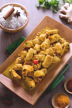 Pollo al curry (chicken and curry) - Giallozafferano #ricetta #India