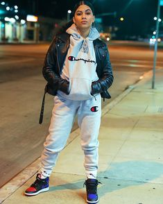Feb 2020 - You are in the right place about hot tomboy outfits Here we offer you the most beautiful pictures ab Cute Tomboy Outfits, Chill Outfits, Dope Outfits, Retro Outfits, Trendy Outfits, Tomboy Fashion, Teen Fashion, Fashion Outfits, Female Fashion