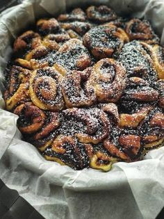 Kakaós csiga 🐌 Cereal, Sweets, Breakfast, Desserts, Food, Candy, Morning Coffee, Deserts, Good Stocking Stuffers