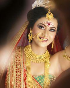 Image may contain: 1 person, closeup Bengali Bridal Makeup, Indian Bridal, Beautiful Girl Indian, Beautiful Indian Actress, Bengali Jewellery, Bollywood Makeup, Bengali Bride, Indian Silk Sarees, Wedding Jewelry