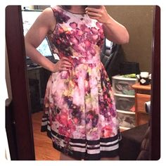 Liz Claiborne Fit and Flare Dress - Floral Perfect spring dress from Liz Claiborne. Fit and flare style, size 16, fits true to size. Liz Claiborne Dresses Midi