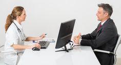 Votre médecin vient de vous annoncer que vous aviez un cancer. Dépassé par la situation, vous oubliez, lors des premières consultations, les questions que vous souhaitiez poser. Petit guide pour vous aider à aller à l'essentiel. Rédigez vos questions avant la consultation Il n'est pas rare que les cancérologues soient un peu pressés…Et pas rare …