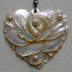 I Love Heart, Happy Heart, My Heart, Heart Jewelry, Jewelry Gifts, Jewellery, Heart Necklaces, Antique Jewelry, Vintage Jewelry