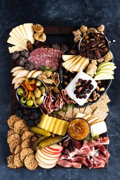 The Best Cheese Board Pairings, Explained - Giadzy Charcuterie Recipes, Charcuterie Platter, Charcuterie And Cheese Board, Cheese Boards, Party Food Platters, Cheese Platters, Cheese Platter Board, Comida Baby Shower, Appetizer Recipes
