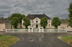 Søndre Brekke Gård, Skien Country Estate, Castle, Mansions, House Styles, Home Decor, Decoration Home, Manor Houses, Room Decor, Villas