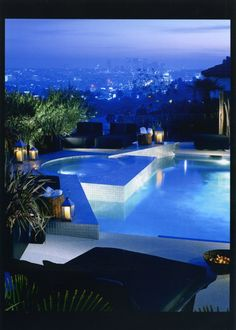 Swimming Pool and jacuzzi overlooking the city in Hollywood Hills, California by XTEN Architecture.