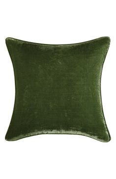 Free shipping and returns on POETIC WANDERLUST Tracy Porter® For Poetic Wanderlust® 'Odessa' Velvet Pillow at Nordstrom.com. A lush velvet pillow in a deep green hue will add a dash of opulence to your home décor.