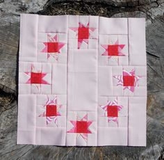 Ring of Wonky Stars quilt block