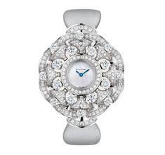 Bvlgari Watches, Gold Diamond Watches, Round Cut Diamond, Black Panther, White Gold Diamonds, Gold Watch, Bracelet Watch, Quartz