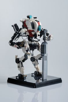 Titanfall 2's hit and run specialist, the Ronin | The Brothers Brick | LEGO Blog