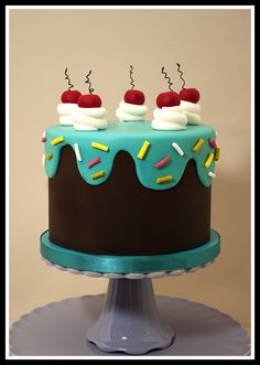 Drippy icing cake - via CakeCentral!
