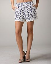 Lace shorts in Navy and coral