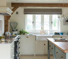 St Michael's - Border Oak - oak framed houses, oak framed garages and structures. Kitchen Decor, Kitchen Design, Kitchen Sinks, Border Oak, Oak Framed Buildings, Oak Frame House, Kitchen Stories, Cottage Interiors, Home Kitchens