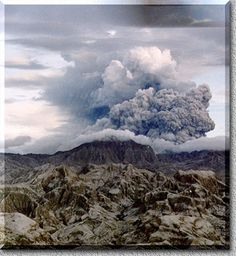 Pinatubo in the Philippines erupted first time in 400 years. Angeles Philippines, Virtual Assistant Services, Pacific Ocean, Childhood Memories, Clouds, Earth, Volcanoes, Extinct, City