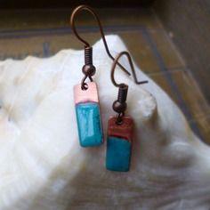 Boucles d'oreilles rectangulaire en cuivre emmailé - bleu turquoise - rustique