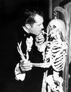 "Vincent Price........HE'S A ""CUT-UP"" AND NEVER TAKES HIMSELF SERIOUSLY........NEAT PICTURE........ccp"