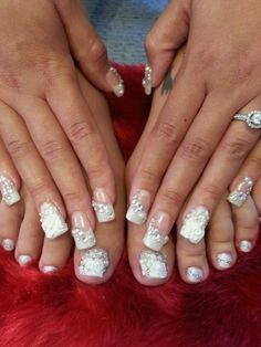 Wedding nails fir tiffany