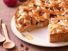 Tarta de hojaldrada de manzana y pasas