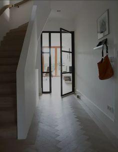 Modern hallway, entry hallway, entrance hall, white hallway, hallway id Hallway Ideas Entrance Narrow, Modern Hallway, Entry Hallway, White Hallway, Entrance Hall, Style At Home, Hallway Inspiration, Interior Inspiration, Modern Barn House