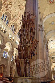 st anne de beaupre   ... 1606-130772, Canada, Québec, Ste Anne de Beaupre basilica, crutches