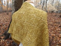 Ravelry: Shalimar pattern by Laura Aylor. Beautiful lace #knitted scarf.