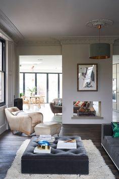 Soho House Design Director Linda Boronkay on how to nail relaxed living Jonathan Adler, Elegant Home Decor, Elegant Homes, Ottoman, Palette, Soho House, Floor Colors, Guest Bedrooms, Home Look
