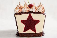 Cut into this luscious cheesecake to reveal its star quality.