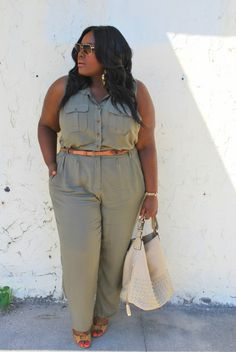 Musings of a Curvy Lady, Plus Size Fashion, Fashion Blogger, Jumpsuit, Top Gun, Aviators, Casual Glam, Charlotte Russe, Charlotte Russe Plus
